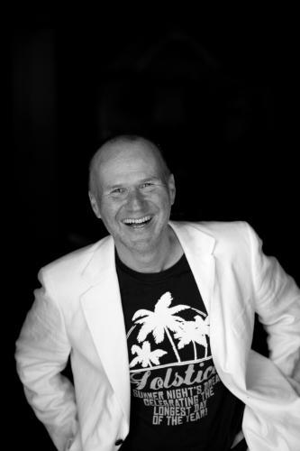Portraitfoto: Schauspieler Georg Schubert